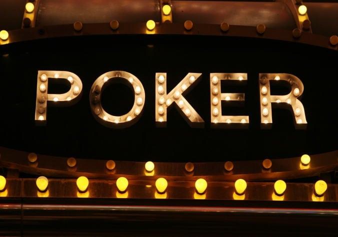 Aturan & Panduan Judi Poker Online