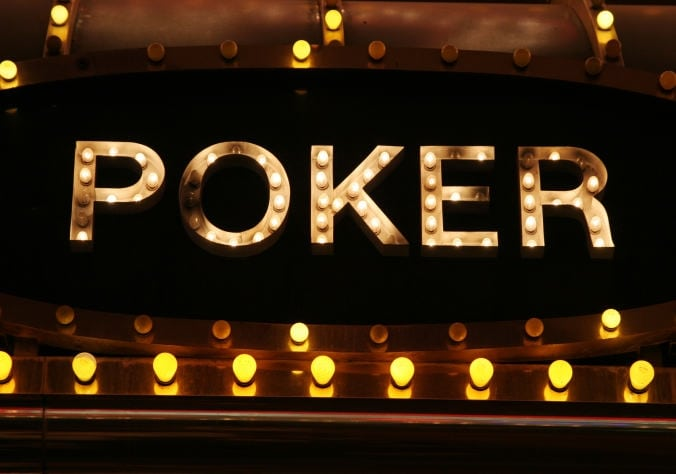 Tentang Permainan Judi PokerQQ Indonesia